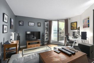 """Photo 4: 310 1040 PACIFIC Street in Vancouver: West End VW Condo for sale in """"CHELSEA TERRACE"""" (Vancouver West)  : MLS®# R2406021"""