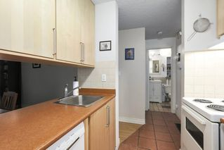 """Photo 10: 310 1040 PACIFIC Street in Vancouver: West End VW Condo for sale in """"CHELSEA TERRACE"""" (Vancouver West)  : MLS®# R2406021"""