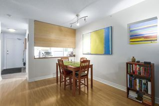 """Photo 8: 310 1040 PACIFIC Street in Vancouver: West End VW Condo for sale in """"CHELSEA TERRACE"""" (Vancouver West)  : MLS®# R2406021"""