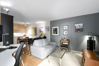"""Photo 6: 310 1040 PACIFIC Street in Vancouver: West End VW Condo for sale in """"CHELSEA TERRACE"""" (Vancouver West)  : MLS®# R2406021"""