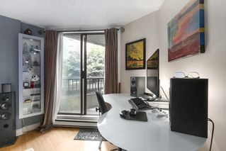 """Photo 5: 310 1040 PACIFIC Street in Vancouver: West End VW Condo for sale in """"CHELSEA TERRACE"""" (Vancouver West)  : MLS®# R2406021"""