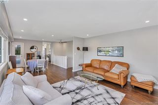 Photo 13: 1040 Holly Park Road in BRENTWOOD BAY: CS Brentwood Bay Single Family Detached for sale (Central Saanich)  : MLS®# 424228