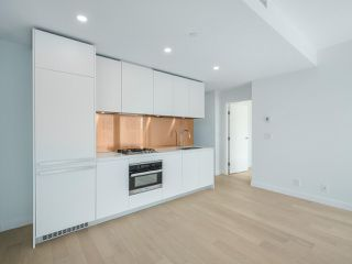 Photo 7: 2102 1480 HOWE Street in Vancouver: Yaletown Condo for sale (Vancouver West)  : MLS®# R2454906