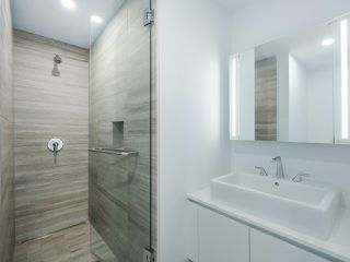 Photo 16: 2102 1480 HOWE Street in Vancouver: Yaletown Condo for sale (Vancouver West)  : MLS®# R2454906