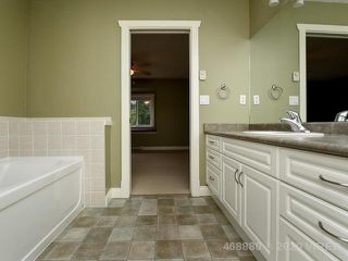 Photo 10: 1766 YEW CRT in COMOX: Z2 Comox (Town of) House for sale (Zone 2 - Comox Valley)  : MLS®# 468880
