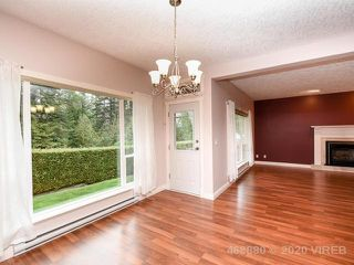 Photo 3: 1766 YEW CRT in COMOX: Z2 Comox (Town of) House for sale (Zone 2 - Comox Valley)  : MLS®# 468880