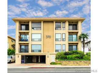 Photo 2: POINT LOMA Condo for sale : 2 bedrooms : 370 Rosecrans #305 in San Diego