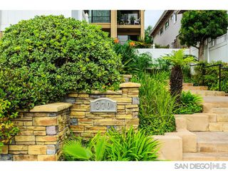 Photo 4: POINT LOMA Condo for sale : 2 bedrooms : 370 Rosecrans #305 in San Diego