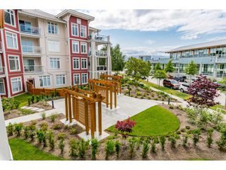 """Photo 34: 214 4211 BAYVIEW Street in Richmond: Steveston South Condo for sale in """"THE VILLAGE AT IMPERIAL LANDING"""" : MLS®# R2472507"""