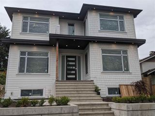Main Photo: 236 W 27TH Street in North Vancouver: Upper Lonsdale House for sale : MLS®# R2481079