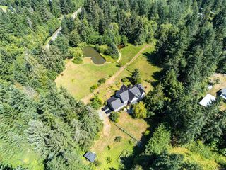 Photo 11: 6620 Rennie Rd in : CV Courtenay North House for sale (Comox Valley)  : MLS®# 851746
