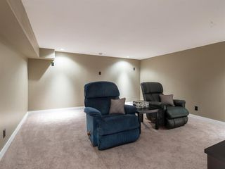 Photo 22: 307 Silver Springs Rise NW in Calgary: Silver Springs Detached for sale : MLS®# A1025605