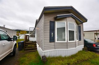 "Photo 1: 47 3001 N MACKENZIE Avenue in Williams Lake: Williams Lake - City Manufactured Home for sale in ""GREEN ACRES MOBILE HOME PARK"" (Williams Lake (Zone 27))  : MLS®# R2508986"