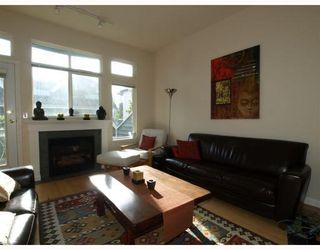 Photo 1: E-136 West 4th Street in North Vancouver: Lower Lonsdale Townhouse for sale : MLS®# V791505