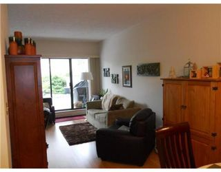 Photo 3: # 103 4134 MAYWOOD ST in Burnaby: Condo for sale : MLS®# V875035