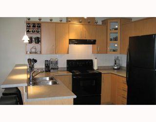 "Photo 4: 205 3148 ST JOHNS Street in Port_Moody: Port Moody Centre Condo for sale in ""SONRISA"" (Port Moody)  : MLS®# V658741"