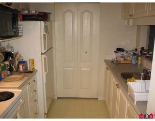 """Photo 7: 337 19528 FRASER Highway in Surrey: Cloverdale BC Condo for sale in """"FAIRMONT"""" (Cloverdale)  : MLS®# F2801753"""