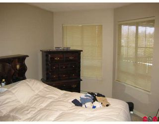 """Photo 5: 337 19528 FRASER Highway in Surrey: Cloverdale BC Condo for sale in """"FAIRMONT"""" (Cloverdale)  : MLS®# F2801753"""
