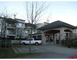 """Photo 1: 337 19528 FRASER Highway in Surrey: Cloverdale BC Condo for sale in """"FAIRMONT"""" (Cloverdale)  : MLS®# F2801753"""