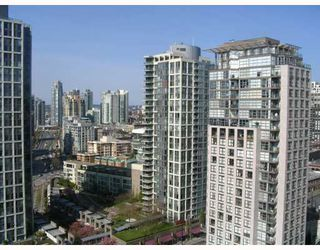 "Photo 2: 2509 939 EXPO Boulevard in Vancouver: Downtown VW Condo for sale in ""MAX 2"" (Vancouver West)  : MLS®# V700944"