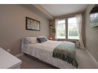 Photo 11: 110 2242 WHATCOM Road in Abbotsford: Abbotsford East Condo for sale : MLS®# R2399148