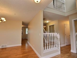 Photo 2: 7 10 Ritchie Way: Sherwood Park Townhouse for sale : MLS®# E4173634
