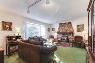 "Photo 3: 5337 1A Avenue in Delta: Pebble Hill House for sale in ""PEBBLE HILL"" (Tsawwassen)  : MLS®# R2437302"