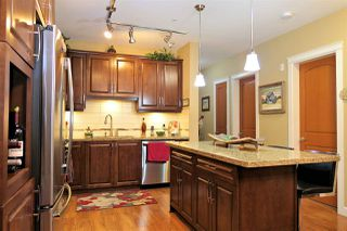 "Photo 5: 427 8288 207A Street in Langley: Willoughby Heights Condo for sale in ""Yorkson Creek Walnut Ridge II"" : MLS®# R2439851"
