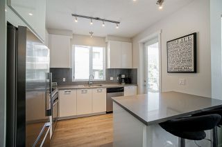"""Photo 8: 304 717 CHESTERFIELD Avenue in North Vancouver: Central Lonsdale Condo for sale in """"The Residences at Queen Mary by Polygon"""" : MLS®# R2478604"""