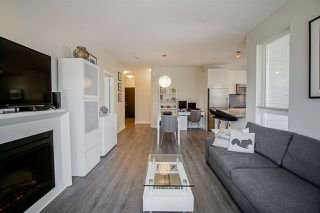 """Photo 15: 304 717 CHESTERFIELD Avenue in North Vancouver: Central Lonsdale Condo for sale in """"The Residences at Queen Mary by Polygon"""" : MLS®# R2478604"""