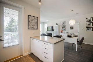 """Photo 12: 304 717 CHESTERFIELD Avenue in North Vancouver: Central Lonsdale Condo for sale in """"The Residences at Queen Mary by Polygon"""" : MLS®# R2478604"""