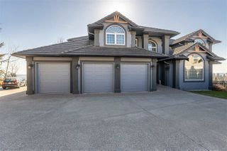 Photo 1: 32498 BOBCAT Drive in Mission: Mission BC House for sale : MLS®# R2479887