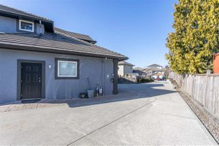 Photo 3: 32498 BOBCAT Drive in Mission: Mission BC House for sale : MLS®# R2479887