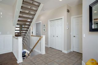 Photo 5: 19 VALLEY STREAM Place NW in Calgary: Valley Ridge Detached for sale : MLS®# A1026881