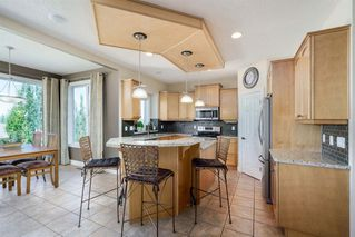 Photo 9: 19 VALLEY STREAM Place NW in Calgary: Valley Ridge Detached for sale : MLS®# A1026881