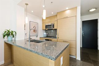 "Photo 7: 707 2528 MAPLE Street in Vancouver: Kitsilano Condo for sale in ""The Pulse"" (Vancouver West)  : MLS®# R2508544"
