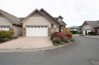 Photo 1: 11 6517 LAVENDER Place in Sardis: Sardis East Vedder Rd House for sale : MLS®# R2512818
