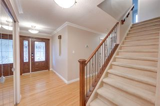 Photo 4: 11152 30 Avenue in Edmonton: Zone 16 House for sale : MLS®# E4220591