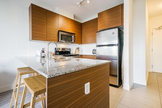 """Photo 5: 215 5788 SIDLEY Street in Burnaby: Metrotown Condo for sale in """"Machperson Walk North"""" (Burnaby South)  : MLS®# R2528004"""