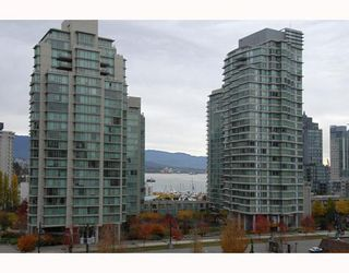 "Main Photo: 7B 735 BIDWELL Street in Vancouver: West End VW Condo for sale in ""735 BIDWELL"" (Vancouver West)  : MLS®# V795269"