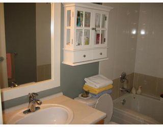 """Photo 8: 208 9333 ALBERTA Road in Richmond: McLennan North Condo for sale in """"TRELLAINE"""" : MLS®# V795544"""