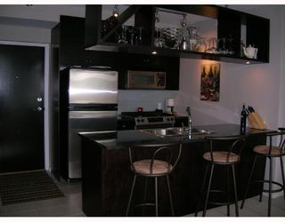 "Photo 2: 605 1001 HOMER Street in Vancouver: Downtown VW Condo for sale in ""BENTLEY"" (Vancouver West)  : MLS®# V655395"