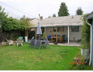 "Photo 2: 1381 WHITEWOOD Place in North_Vancouver: Norgate House for sale in ""NORGATE"" (North Vancouver)  : MLS®# V666523"