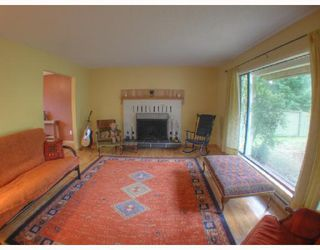"Photo 5: 560 OCEANVIEW Drive in Gibsons: Gibsons & Area House for sale in ""WOODCREEK PARK"" (Sunshine Coast)  : MLS®# V672375"