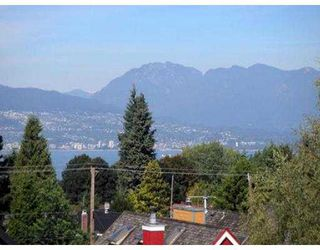 Photo 4: 4182 W 11TH AV in Vancouver: Point Grey House for sale (Vancouver West)  : MLS®# V553648
