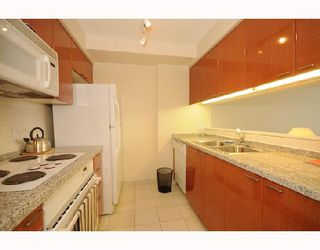 """Photo 3: 1288 Alberni """"Palisades"""" in Vancouver: Downtown VW Condo for sale (Vancouver West)  : MLS®# V745448"""