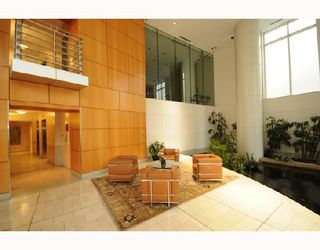 """Photo 8: 1288 Alberni """"Palisades"""" in Vancouver: Downtown VW Condo for sale (Vancouver West)  : MLS®# V745448"""