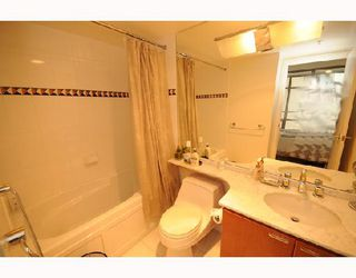 """Photo 7: 1288 Alberni """"Palisades"""" in Vancouver: Downtown VW Condo for sale (Vancouver West)  : MLS®# V745448"""