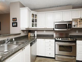 Photo 5: 311 1083 Tillicum Road in VICTORIA: Es Kinsmen Park Condo Apartment for sale (Esquimalt)  : MLS®# 413424