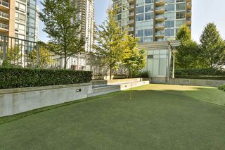 "Photo 15: 2604 2978 GLEN Drive in Coquitlam: North Coquitlam Condo for sale in ""GRAND CENTRAL 1"" : MLS®# R2389836"